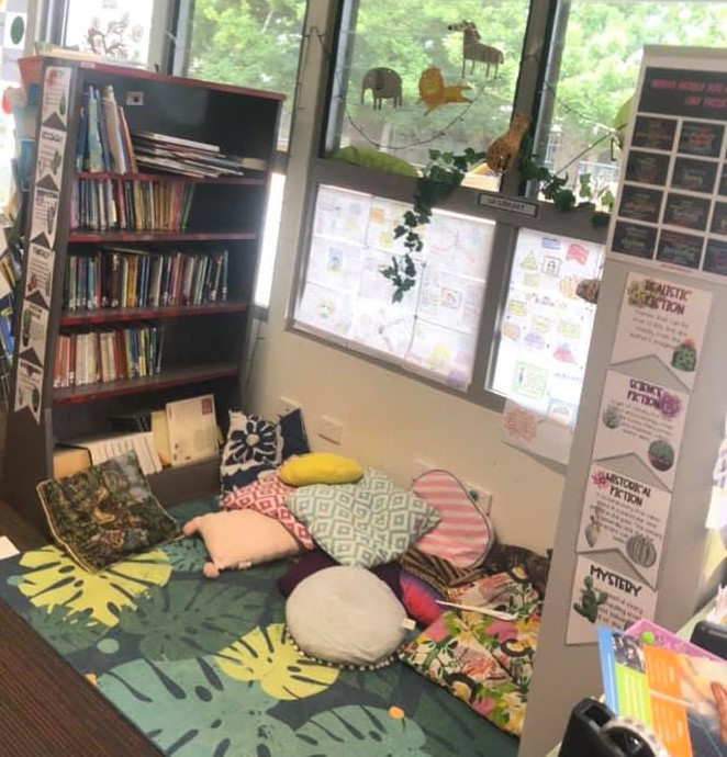 primary classroom library example